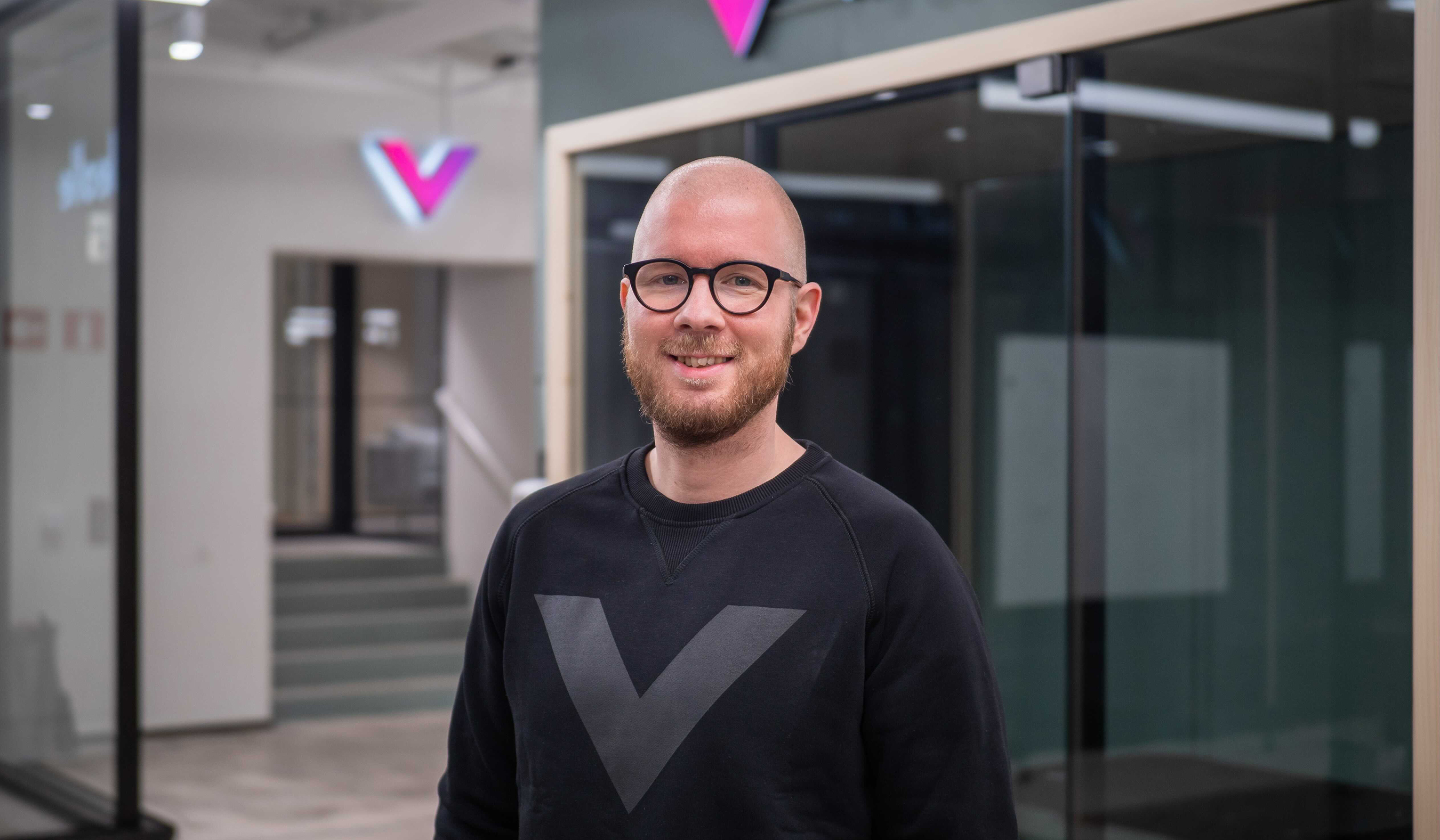 Tuomo Sinkkonen Videolle